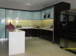 Tủ bếp inox kính màu VP