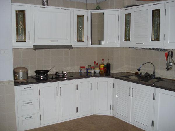 """Chất liệu tủ bếp nào sẽ """"lên ngôi"""" năm 2016?"""