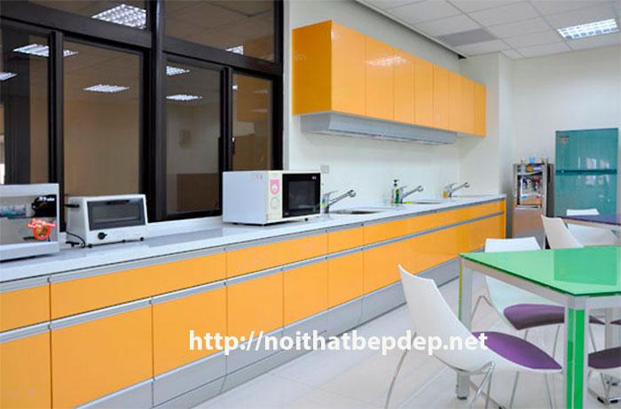 Tủ bếp inox vàng cam