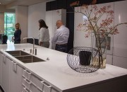 Showroom tủ bếp inox