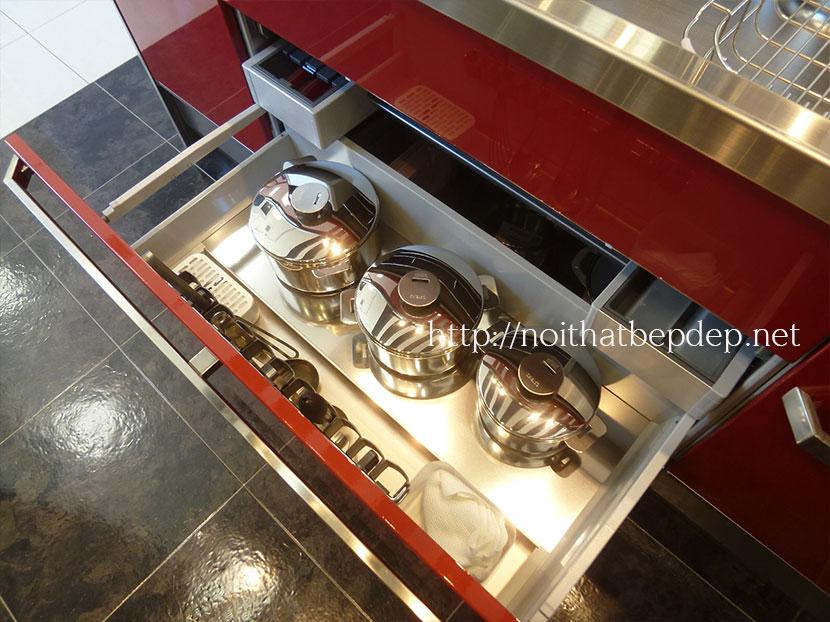 Ngăn kéo tủ bếp bằng inox